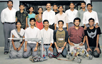 COEP students developing Robot Bank for BDDS